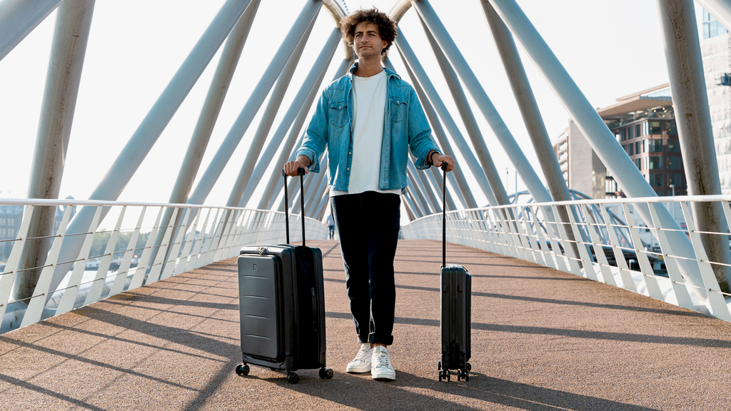 LITO CASE | FOLDABLE SUITCASE – Helping Travelers Save Space